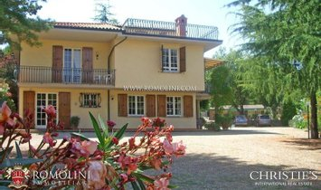 Tuscany - VILLA FOR SALE IN VAL DI CHIANA TUSCANY