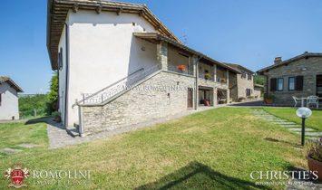 Umbria - RESTORED HISTORIC PROPERTY FOR SALE IN UMBRIA