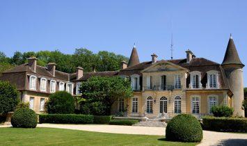 House in Fontainebleau, Île-de-France Region, France