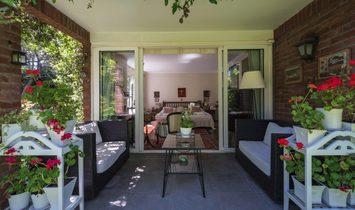 English Style Property In La Dehesa
