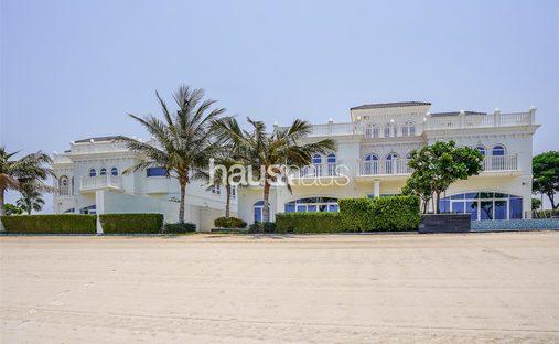 Villa in The Palm Jumeirah, Dubai, United Arab Emirates