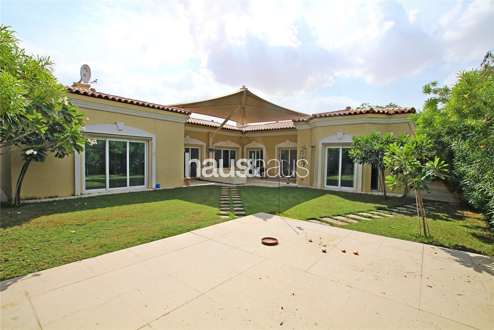 Villa in Green Community Village, Dubai, United Arab Emirates 1