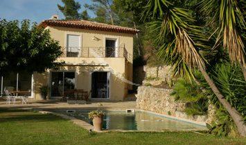 Sale - Villa Carqueiranne
