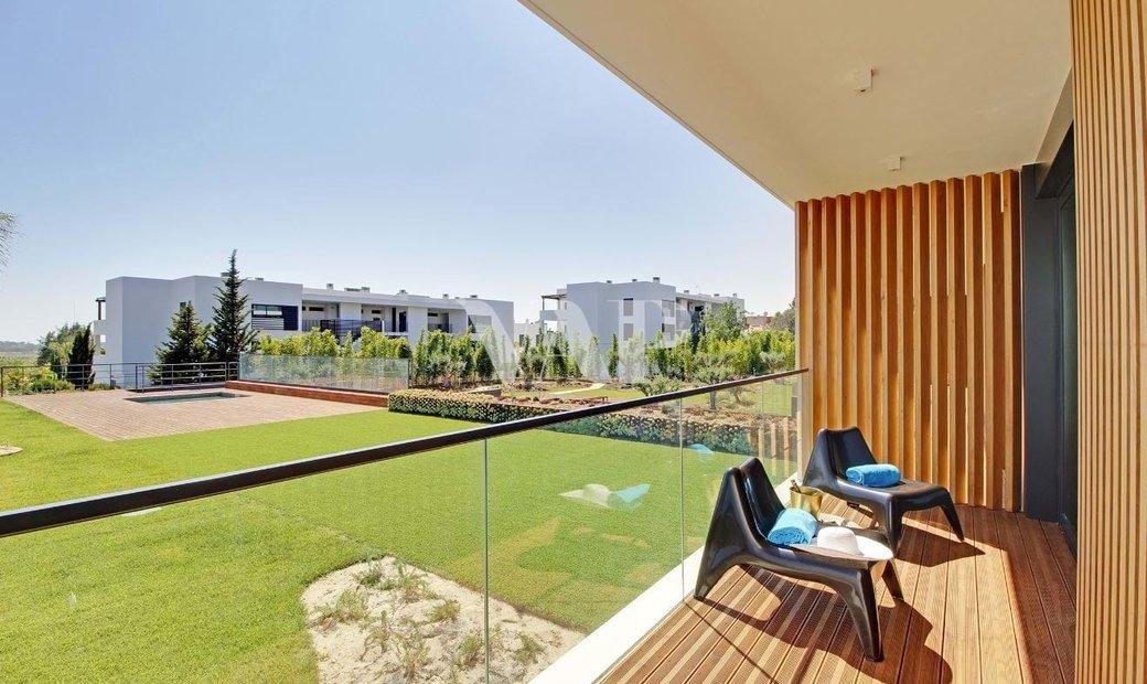 VILAMOURA - 2 bedroom apartment inserted in a privileged condominium