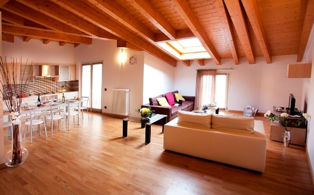 Griante Tr 130 9 3 Bedroom 2 Bathroom Apartment In Griante Lombardy Italy For Sale 10721962