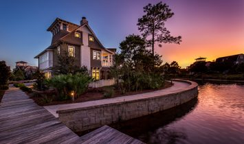 Crown Jewel In Water Sound With Private Pool And Enchanting Pond