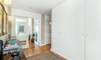 Sale of luxury apartment with sea and river views, Porto, Portugal