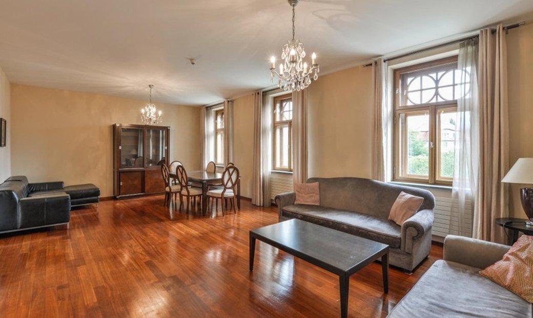 Handsome Villa Apartment