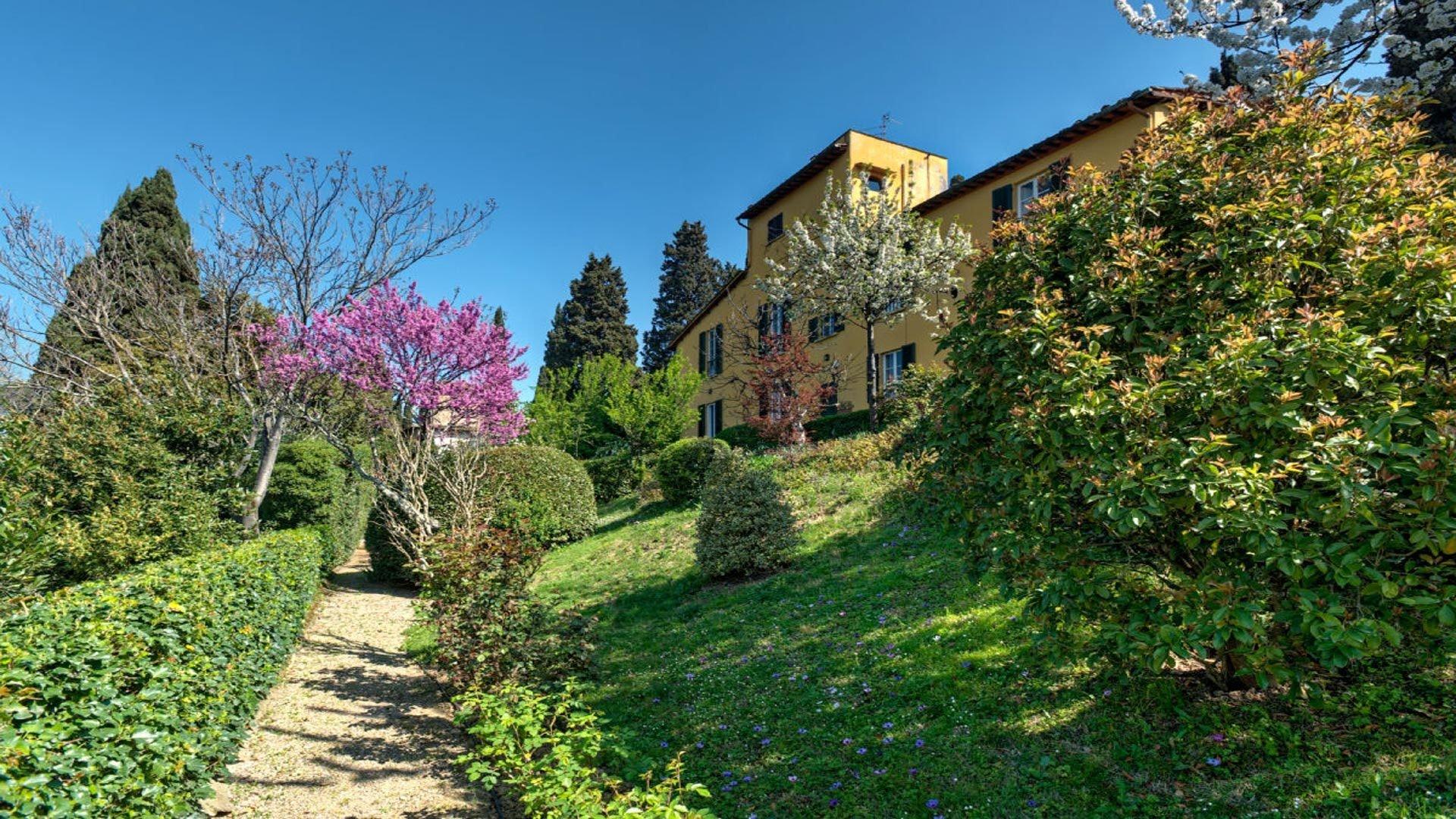 Villa in Tuscany, Italy 1 - 10732496