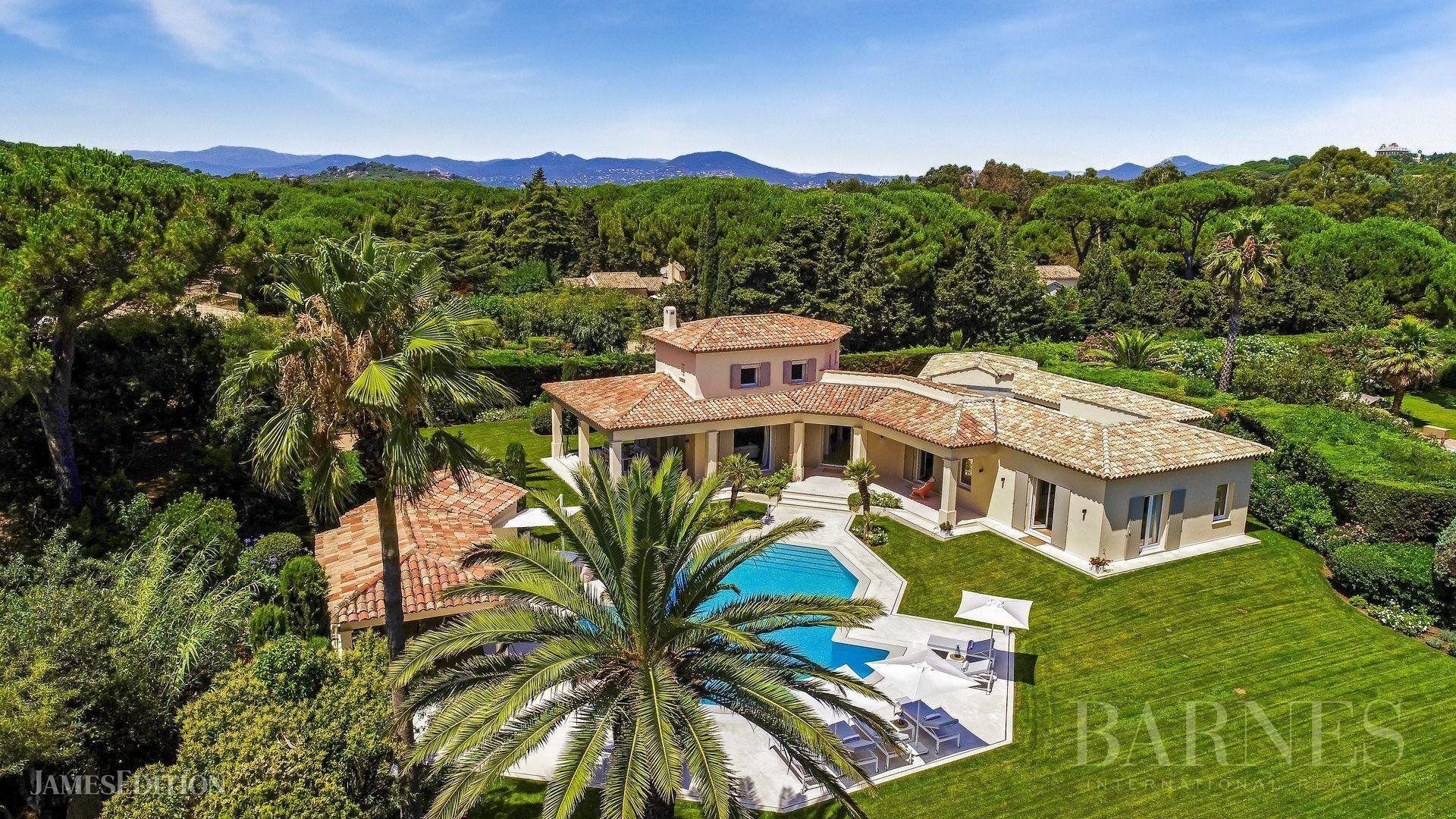 Villa in Saint-Tropez, Provence-Alpes-Côte d'Azur, France 1 - 10732228