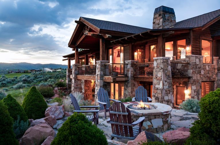 Mountain Home With Spectacular Golf Course And Mountain Views