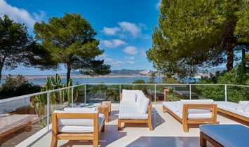 House With Lots Of Charm And Magnificent Views Of Las Salinas