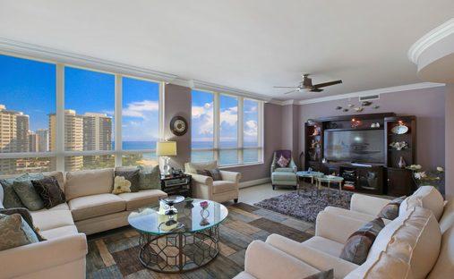 Condo in Riviera Beach, Florida, United States