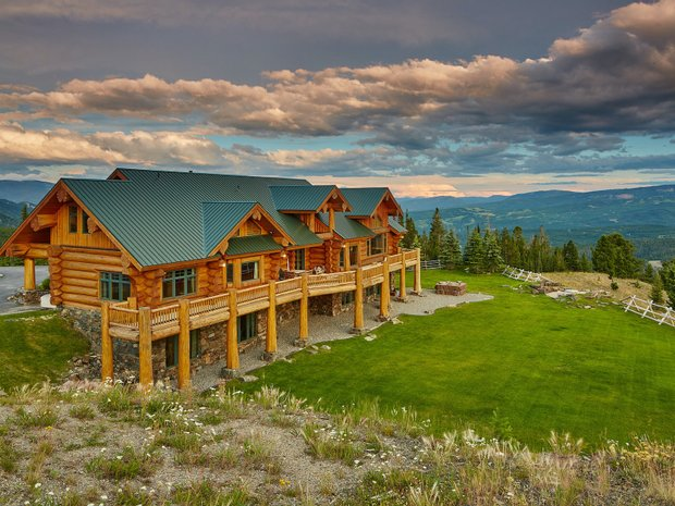 House in Gallatin Gateway, Montana, United States 1