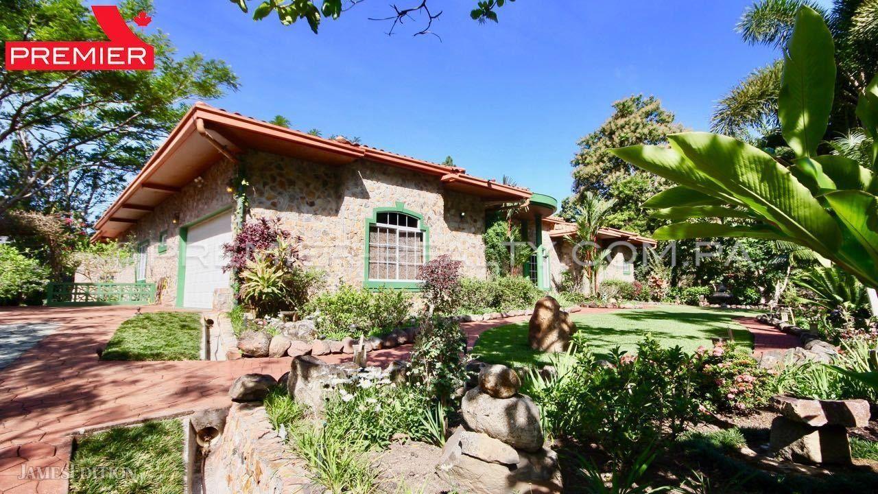 Villa in Altos del Maria, Coclé Province, Panama 1