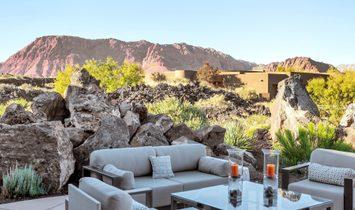 Contemporary Desert Retreat At Entrada