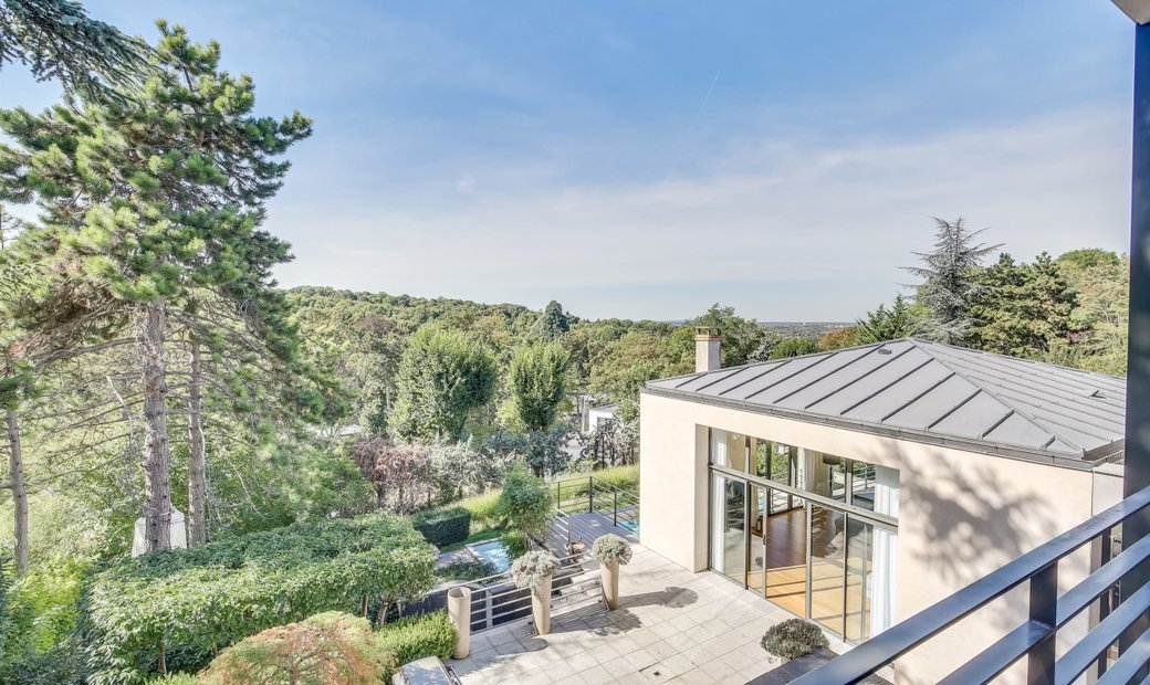 Property With Exceptional View For Sale Rueil Malmaison City Centre