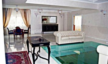INDEPENDENT VILLA WITH SWIMMING POOL