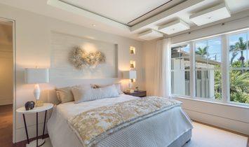 Port Royal Waterfront Grand Estate by London Bay Homes