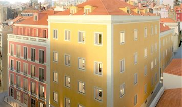 Duplex 4 bedrooms with terrace river view and garage in the city centre, Avenida Liberdade Lisbon
