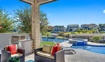 311 Clearwater Drive On Lake Lbj