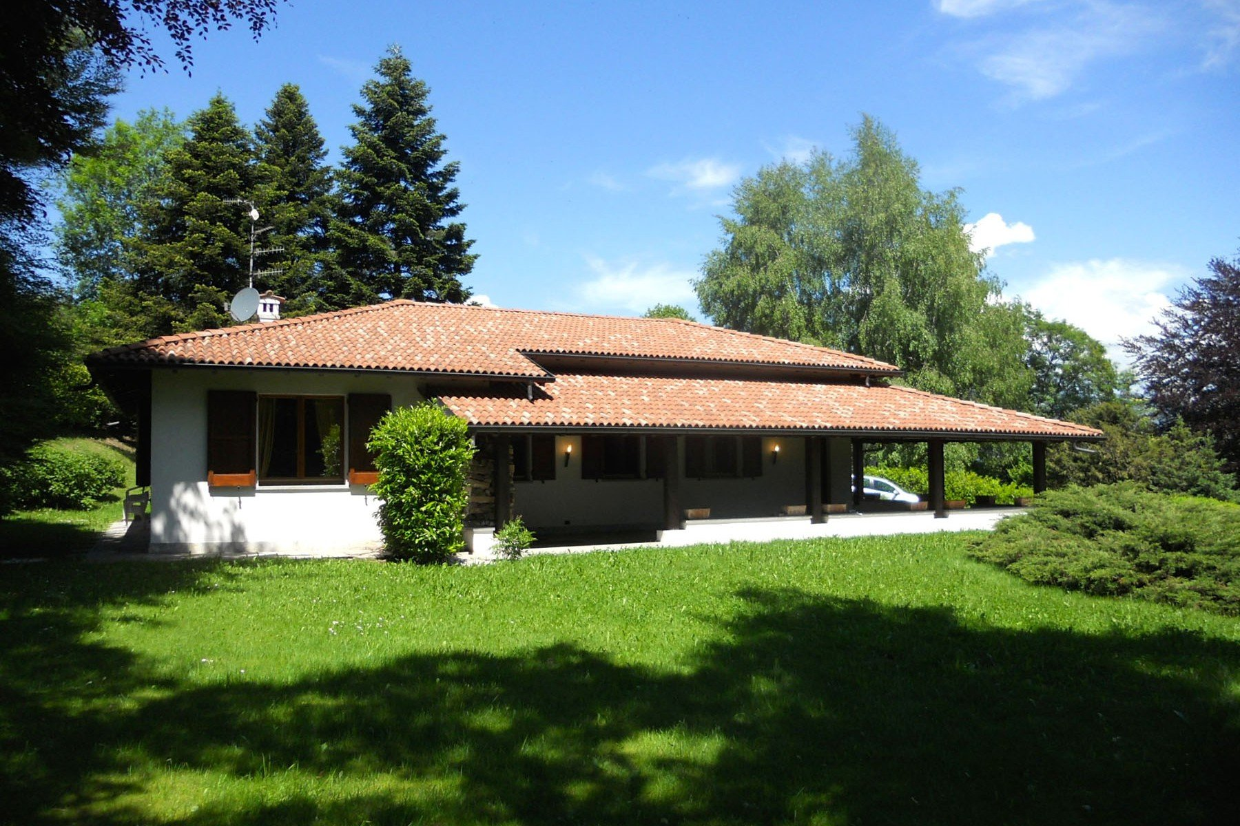 House in Casasco Intelvi, Lombardy, Italy 1
