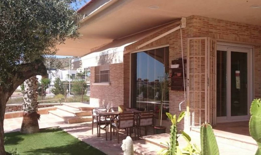 4 bedroom Villa for sale in Molina de Segura