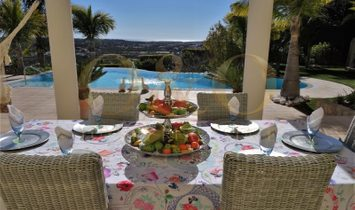 Fabulous estate in Vilamoura,Central Algarve, a stunning luxury villa, with magnificent ocean views