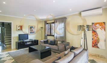 Great villa just minutes away from the beach.