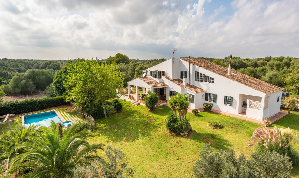 Grand Classic Style Country House In Biniparrell