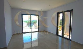 Spectacular Brand New Villa within walking distance of the beach