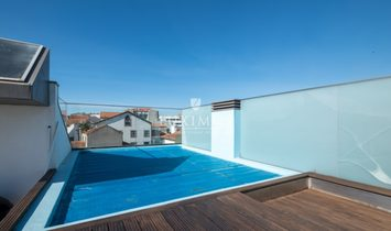 Sale villa with pool, terrace and river views, Leça Palmeira, Portugal