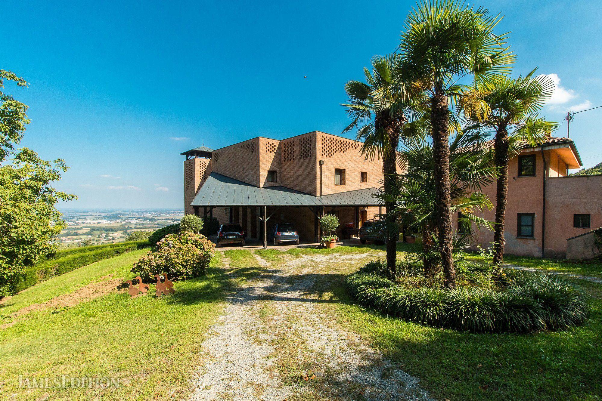 Villa in Piemont, Italien 1