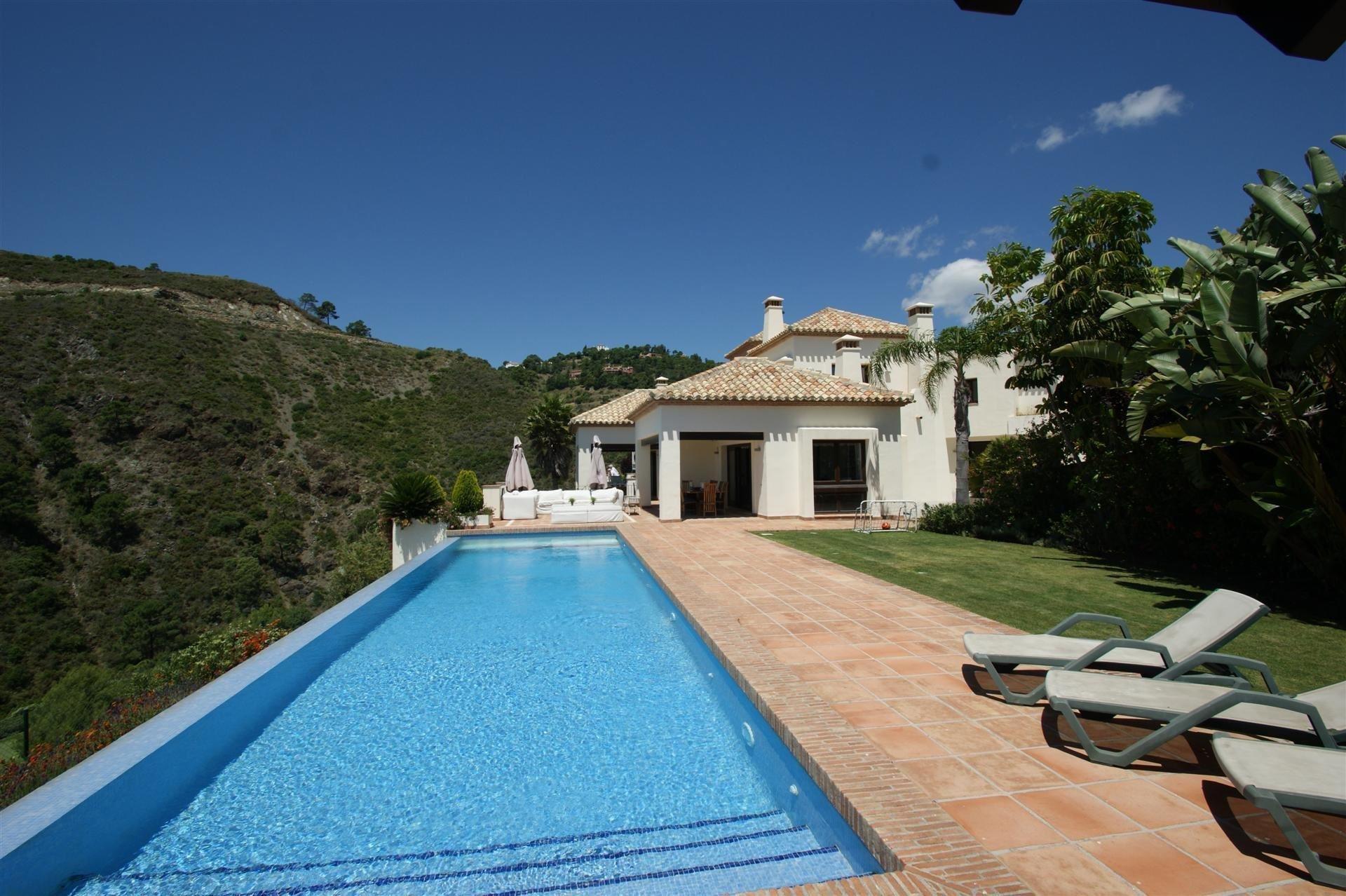 Villa in Benahavís, Spain 1
