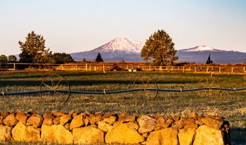 23636 Ten Barr Trail Bend, Or