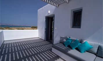 Naxos, villa on the beach