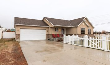 Spacious Family Home In Midway