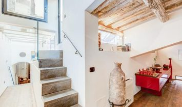 Ancient Penthouse with Modern Solution in '400 Historical Building