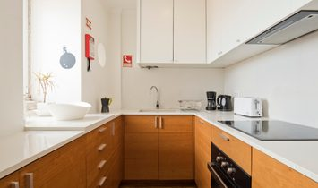 5 Stars Stunning Alfama Apartment