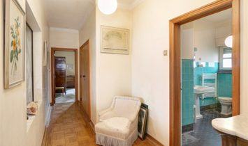 House, 6 Bedrooms, For Sale