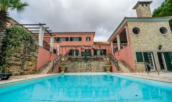House V7 in Quinta do Perú, with pool and garden