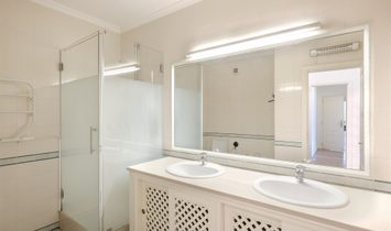 Flat, 3 Bedrooms, For Sale