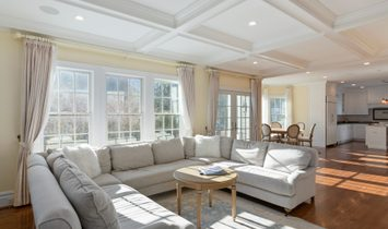 Bright & Sunny Like New Colonial