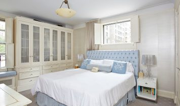 A Rarely Available Front Facing Corner Home in The UWS