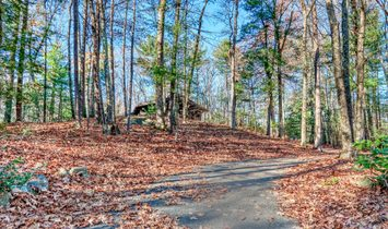 11 Hiddenwood Path