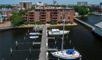 Condo for sale in Norfolk