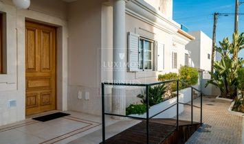 Sale of villa with pool in Fuseta, Olhão, Algarve, Portugal