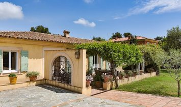FOR SALE NICE GAIRAUT 6 ROOM VILLA FLAT LAND WITH POOL