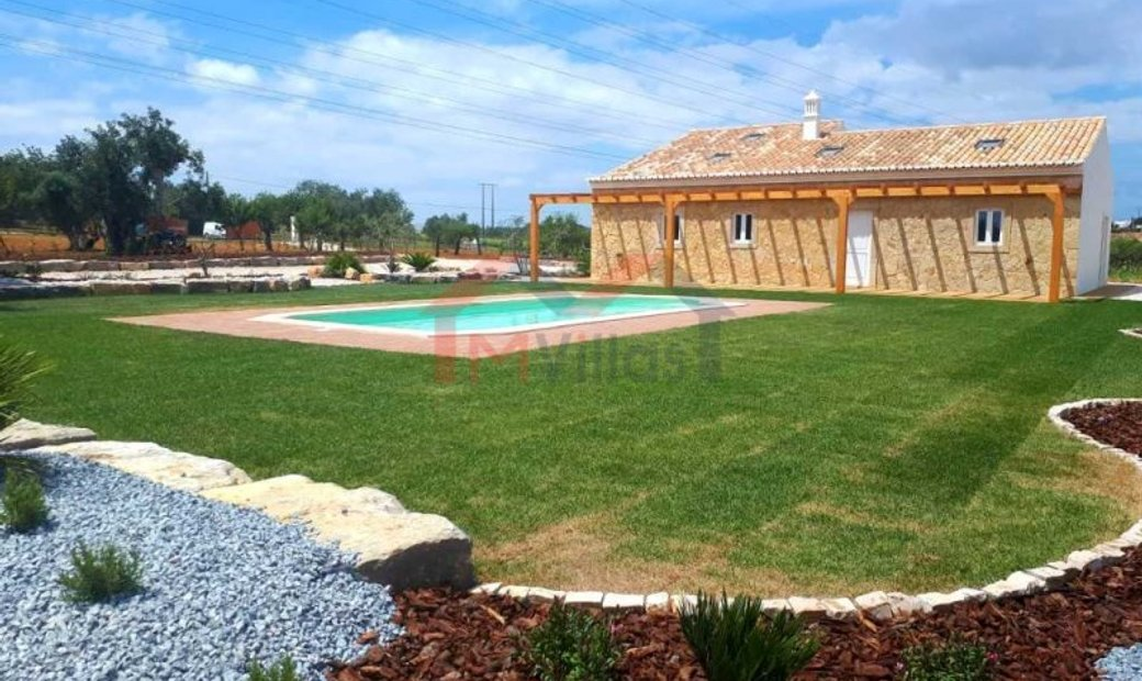 3 bedroom villa with pool - Albufeira