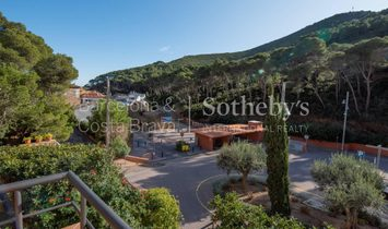Mediterranean Style House 50 Meters From The Beach Of Sa Tuna